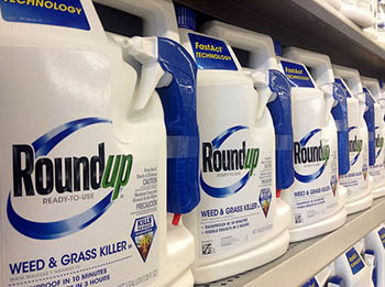 RoundUp-Monsanto.jpg / Flickr