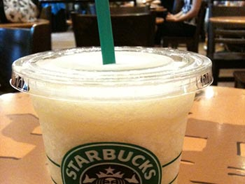 Starbucks-straw-JPN.jpg / Flickr