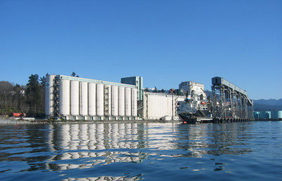 cargill_grain_elevator.jpg / Flickr