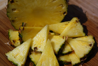 pineapple_cut-2.jpg / Flickr